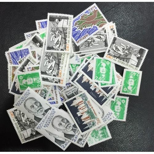 Lot de faciale 100 timbres à 2,40 Francs