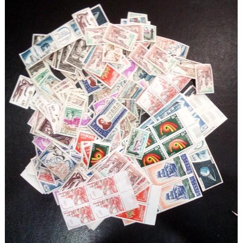 Lot de faciale 396 timbres à 0,90 Francs